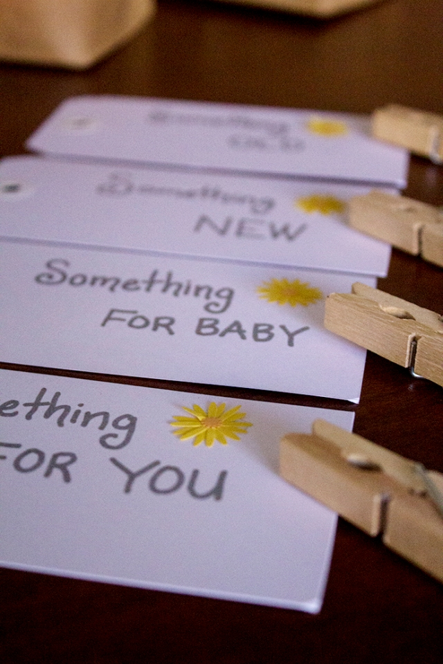 Simple & Cute Baby Shower Gift Idea